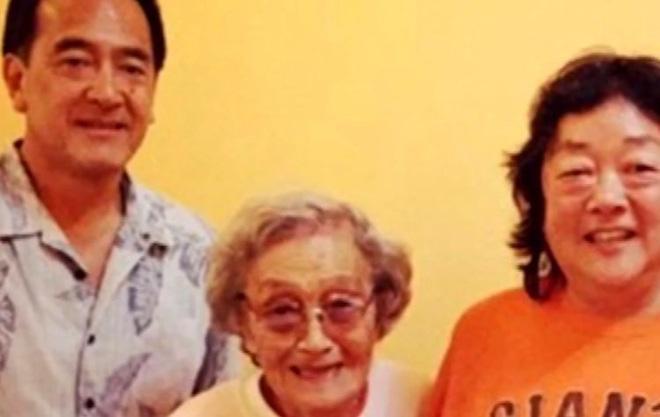 Bà lão 90 tuổi được cứu sống một cách kỳ diệu cũng nhờ nghiện chơi trò xếp chữ - Ảnh 2.