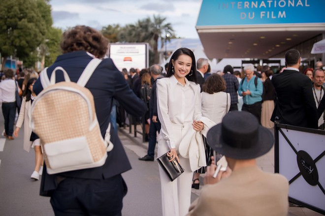 Sau lùm xùm tình ái, Nhã Phương lấy lại thần thái rạng rỡ khi xuất hiện tại Cannes - Ảnh 3.