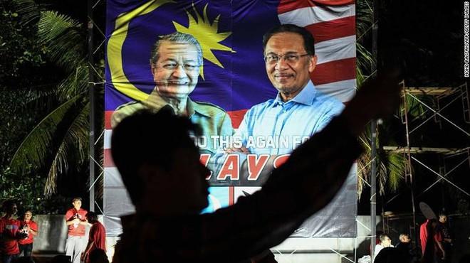 Malaysia: Cựu lãnh đạo đối lập Anwar Ibrahim được ân xá - Ảnh 2.