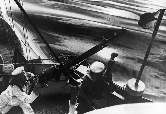 Ảnh: 235 năm kiêu hùng của Hạm đội Biển Đen Nga - ảnh 4