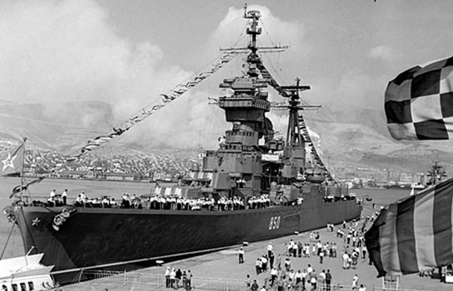 Ảnh: 235 năm kiêu hùng của Hạm đội Biển Đen Nga - ảnh 5
