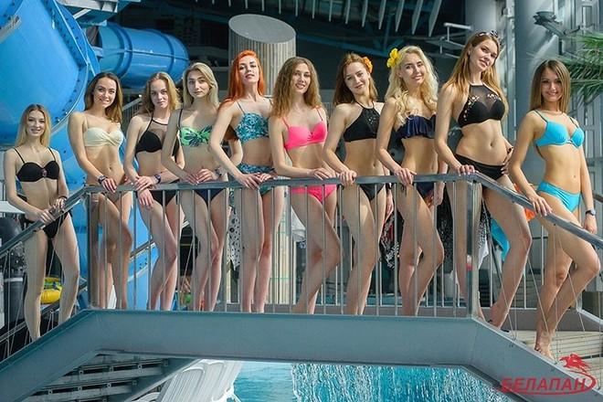 Ảnh: Ngắm 10 nữ sinh viên đẹp nhất Belarus diện bikini gợi cảm - Ảnh 6.