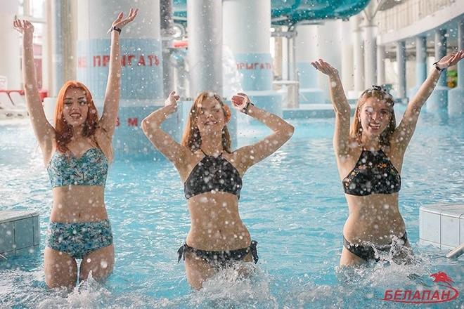 Ảnh: Ngắm 10 nữ sinh viên đẹp nhất Belarus diện bikini gợi cảm - Ảnh 9.