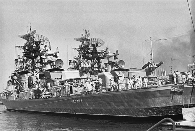 Ảnh: 235 năm kiêu hùng của Hạm đội Biển Đen Nga - ảnh 10