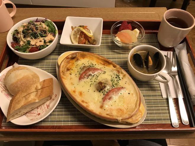 Đồ ăn cho bệnh nhân ở Nhật Bản: Ngon đến nỗi bạn sẽ không muốn ra viện - Ảnh 1.