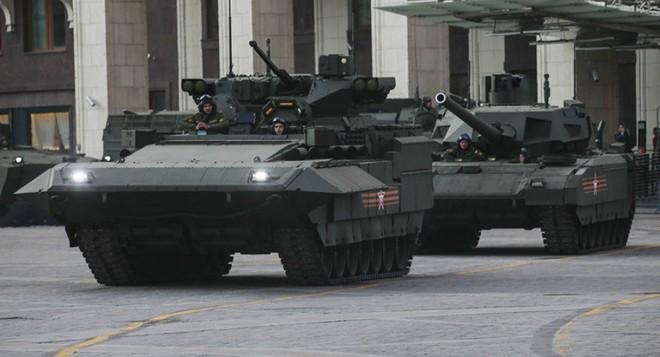 Pháo phản lực nhiệt áp trên khung gầm Armata: Hỏa thần mới của Nga đã lộ diện? - Ảnh 2.