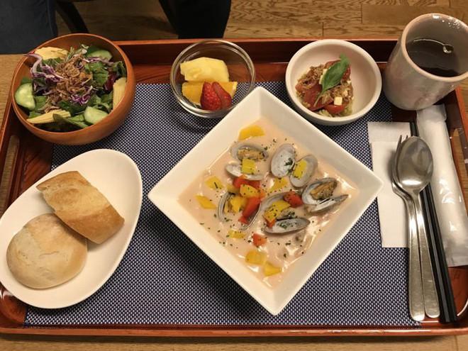 Đồ ăn cho bệnh nhân ở Nhật Bản: Ngon đến nỗi bạn sẽ không muốn ra viện - Ảnh 2.