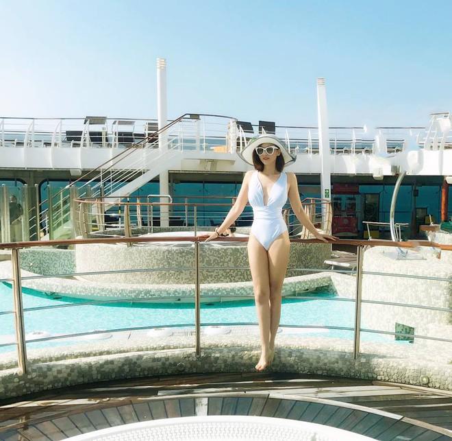 Người đẹp phụ nữ thế kỉ 21 khoe thân hình nóng bỏng - ảnh 10