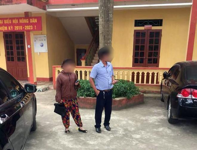 Dân vây bắt hai vợ chồng đi ô tô bán gà giống vì nghi ngờ bắt cóc trẻ em - Ảnh 5.
