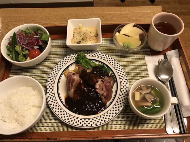 Đồ ăn cho bệnh nhân ở Nhật Bản: Ngon đến nỗi bạn sẽ không muốn ra viện - Ảnh 4.
