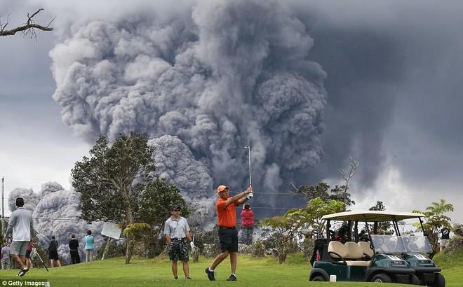 Hawaii cảnh báo đỏ: Núi lửa hoạt động mạnh, cột khói cao đến hơn 3.600m - Ảnh 5.