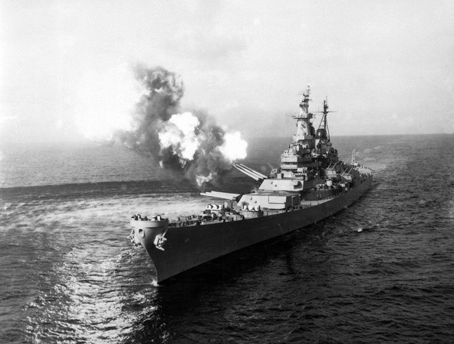 Vụ 4 thiết giáp hạm mạnh nhất của Mỹ tấn công Triều Tiên: Trung Quốc cũng phải run sợ - Ảnh 1.