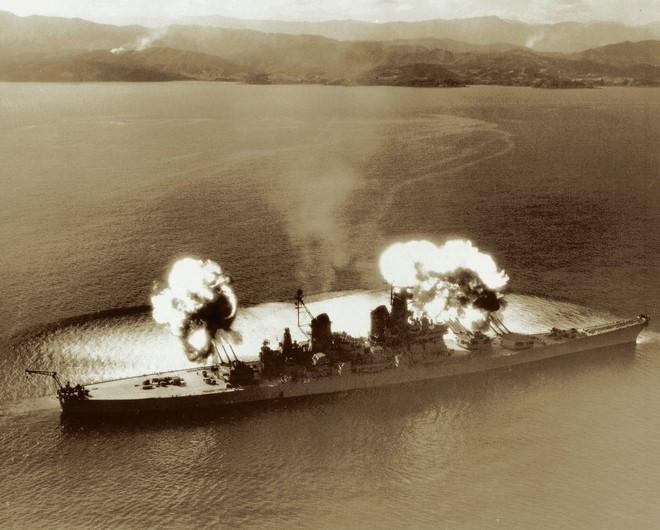 Vụ 4 thiết giáp hạm mạnh nhất của Mỹ tấn công Triều Tiên: Trung Quốc cũng phải run sợ - Ảnh 2.