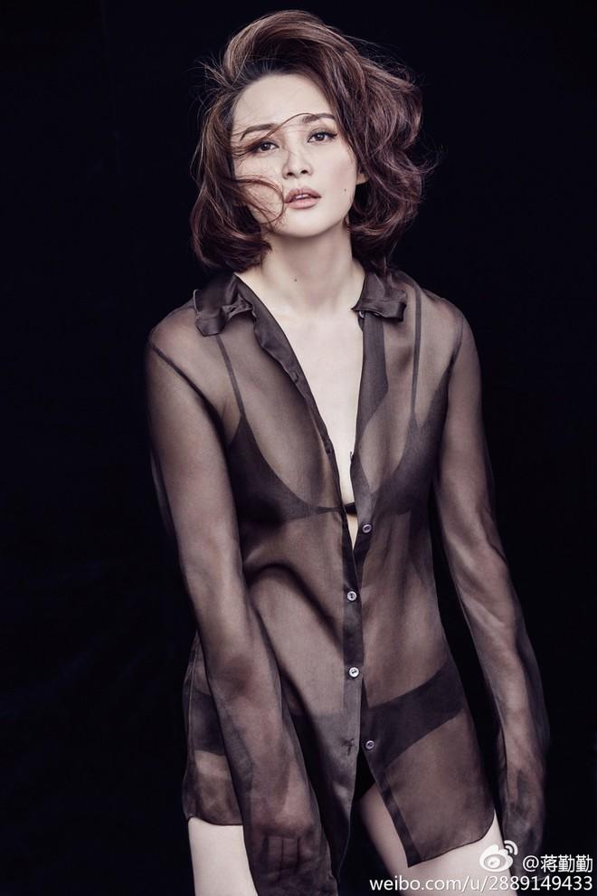Đệ nhất mỹ nhân cổ trang: Đẹp tuyệt trần, mang danh hồ ly tinh cướp chồng của bạn thân - Ảnh 10.
