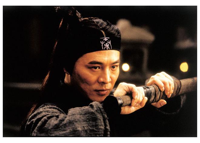 Hình ảnh đối lập của Lý Liên Kiệt: Khi trẻ mạnh mẽ khí thế, qua 50 tuổi tiều tụy không nhận ra - Ảnh 9.