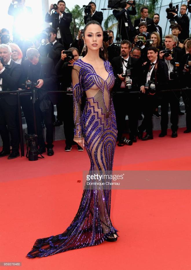 Trên thảm đỏ LHP Cannes 2018, sao Việt mặc nóng bỏng hơn cả sao quốc tế - ảnh 1
