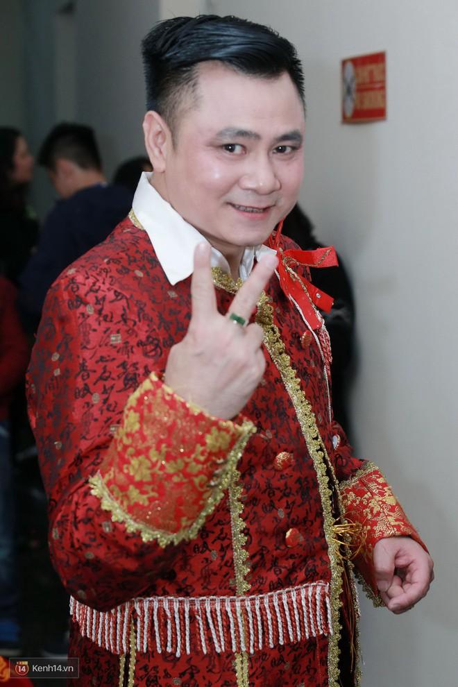 Quá khứ ít ai biết của các danh hài: Vân Dung lọt Top 15 Hoa hậu, Tự Long từng chạy xe ôm kiếm sống - Ảnh 6.