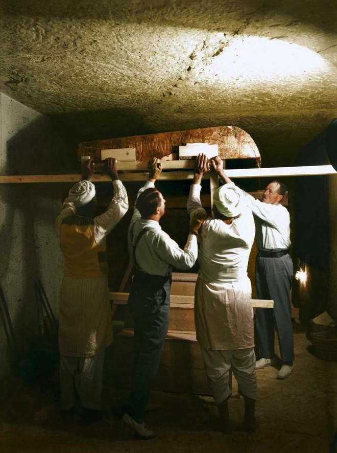 Nhà khảo cổ và phát hiện chấn động thế kỷ XX, mất 10 năm mới thống kê xong - Ảnh 7.
