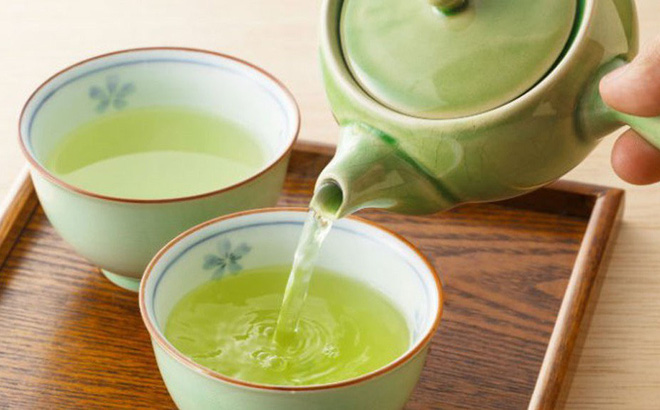 3 nhóm người không nên uống trà: Hãy xem có bạn không để tránh sớm!