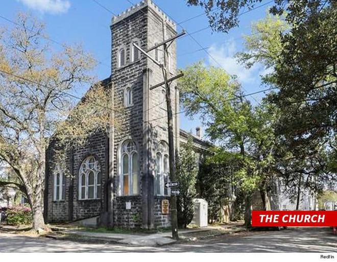 Không phải biệt thự hay siêu xe, Beyonce vừa mua trọn một nhà thờ cổ gây tranh luận - Ảnh 2.