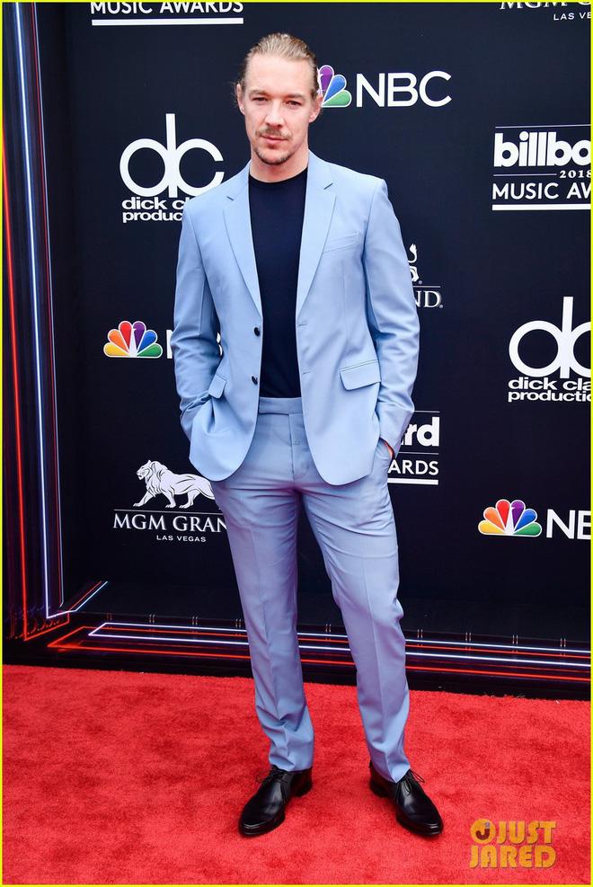 Trở lại thảm đỏ Billboard Music Awards 2018, Taylor Swift đẹp như tiên nữ giữa dàn sao đình đám - Ảnh 33.