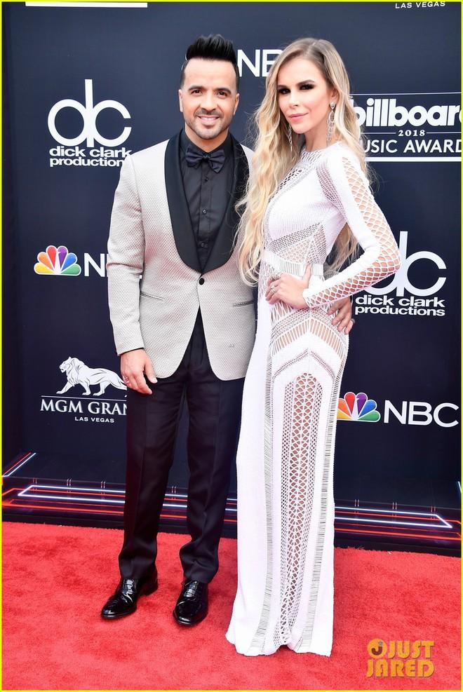 Trở lại thảm đỏ Billboard Music Awards 2018, Taylor Swift đẹp như tiên nữ giữa dàn sao đình đám - Ảnh 36.