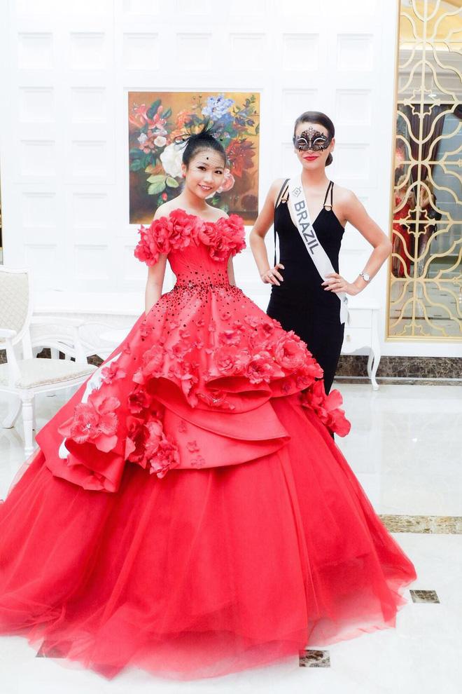 Chân dung cô bé Việt 13 tuổi cao 1m72 vừa giành ngôi Hoa hậu Hoàn vũ nhí thế giới 2018 - Ảnh 4.