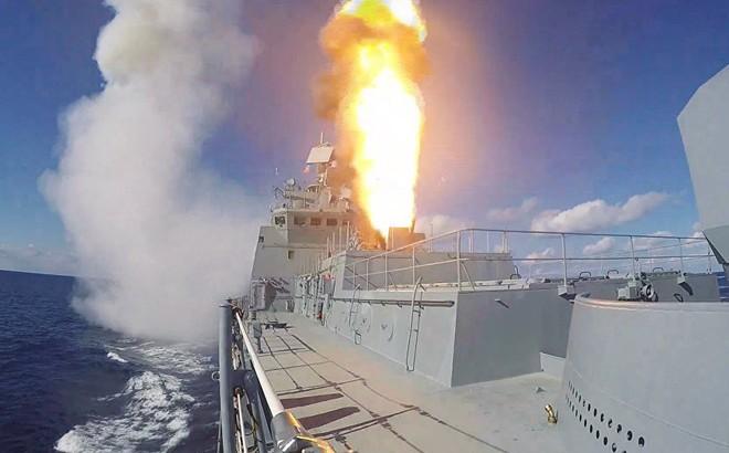 Phản đòn vụ tập kích Khmeimim, Hải quân Nga nã tên lửa hành trình diệt phiến quân Syria 1