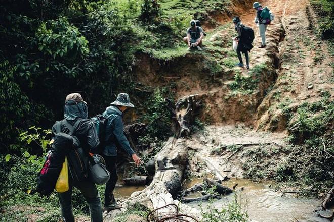 Trekking cung đường đẹp nhất Việt Nam Tà Năng - Phan Dũng: Bà mẹ trẻ kể lại giây phút đối mặt với cái chết 2