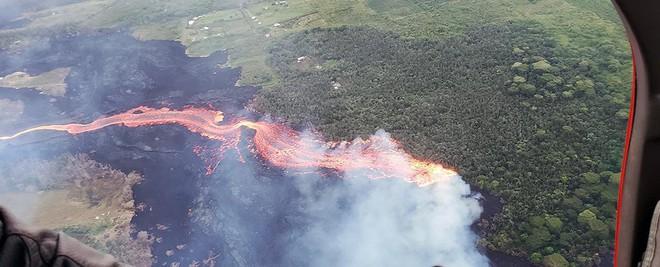 Núi lửa phun trào tại Hawaii đang giúp hòn đảo này ngày càng trương nở, nhưng lại cực kỳ nguy hiểm - Ảnh 4.