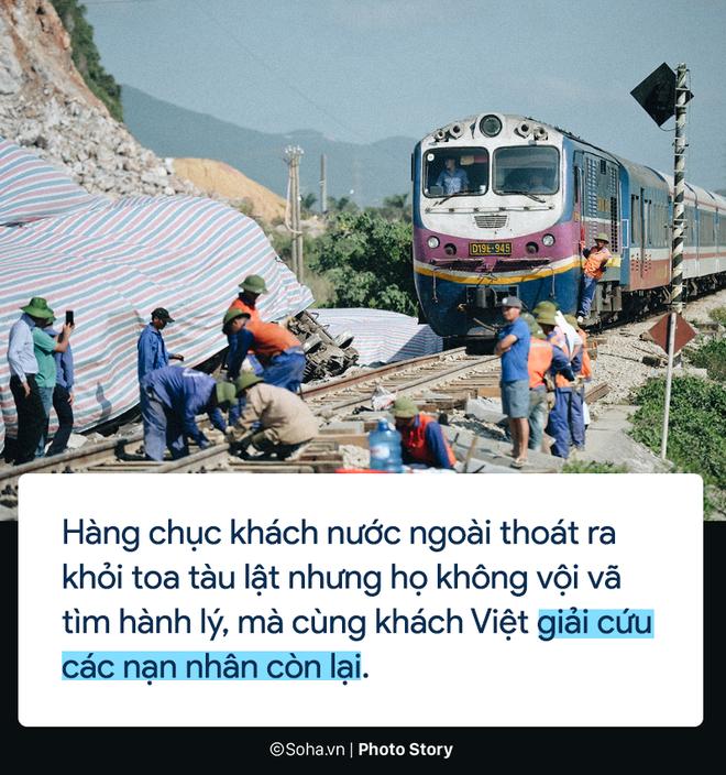 [PHOTO STORY] Chuyện cảm động trên chuyến tàu hoạn nạn: Khách Tây làm bậc thang giúp khách Việt thoát khỏi toa tàu lật - Ảnh 5.