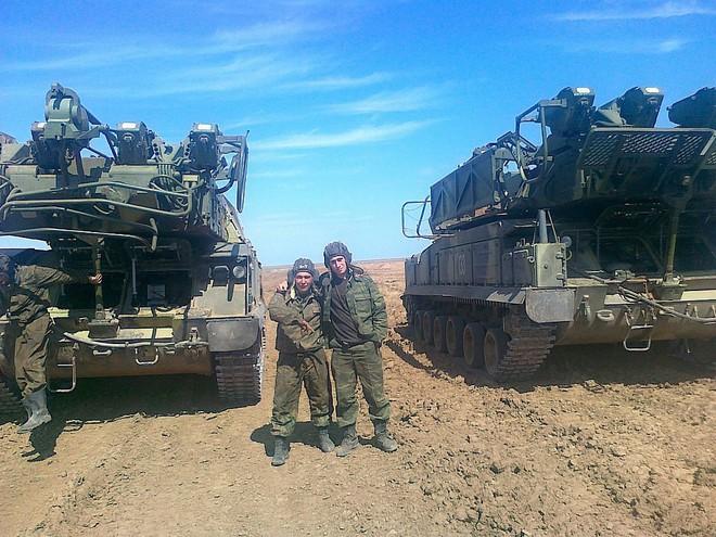Lữ đoàn bị cáo buộc sở hữu tên lửa bắn rơi MH 17 là lực lượng tinh nhuệ của Quân đội Nga - Ảnh 6.