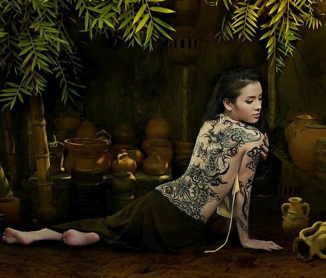 Từng làm mẫu nude cho họa sĩ Ngô Lực, Phương Trinh Jolie nói gì? - Ảnh 1.