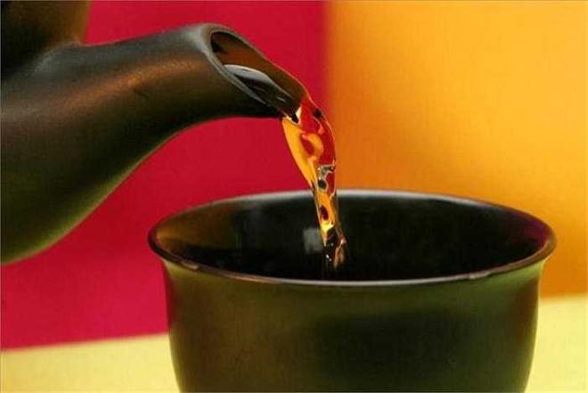 Khi trà ở trong 9 trạng thái này thì không nên uống, rất có hại cho sức khỏe - Ảnh 2.