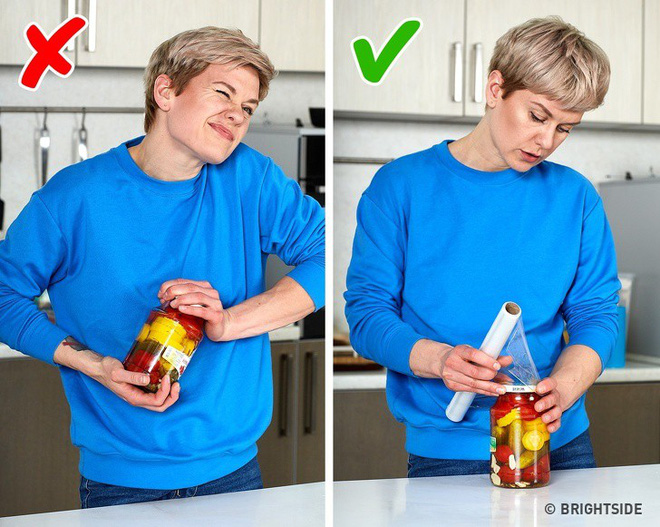 10 mẹo vặt vô cùng hữu ích của màng bọc thực phẩm, từ làm sạch nhà bếp đến bẫy côn trùng - Ảnh 3.