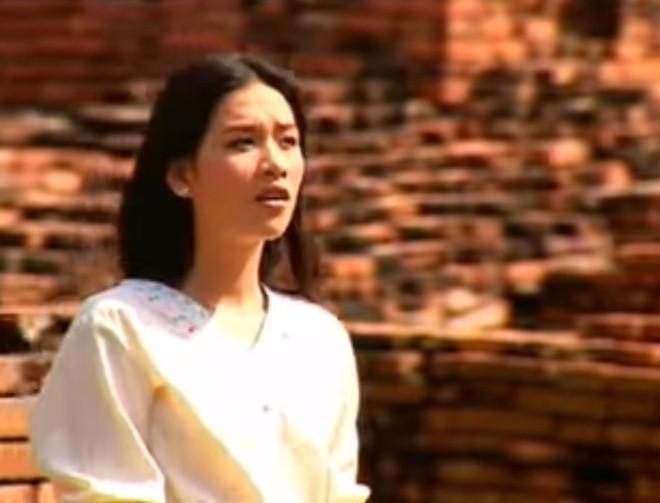 Trái ngược với Nguyệt Phía trước là bầu trời, Hà Hương còn có 1 vai diễn để đời khác - Ảnh 16.