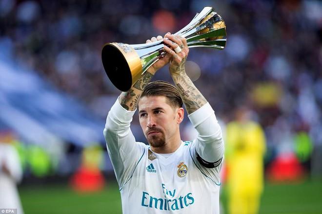 """HLV Zidane giải thích chuyện không có hàng rào danh dự ở """"Siêu kinh điển"""" - Ảnh 1."""