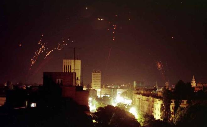 Mỹ không kích Đại sứ quán Trung Quốc ở Belgrade: Những tình tiết bí ẩn - Ảnh 2.