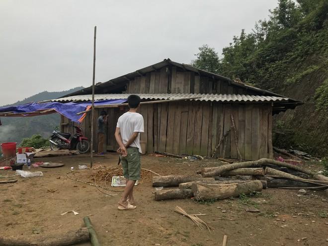 Hiện trường vụ thảm án hiếp dâm bất thành, sát hại 4 người ở Cao Bằng - Ảnh 11.