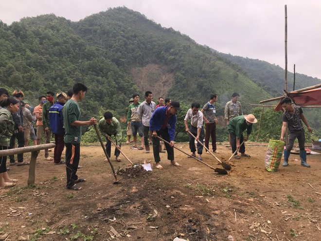Hiện trường vụ thảm án hiếp dâm bất thành, sát hại 4 người ở Cao Bằng - Ảnh 12.