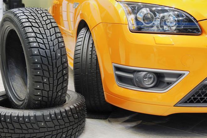 Tại sao lốp xe dự phòng luôn nhỏ hơn lốp chính? - Ảnh 3.