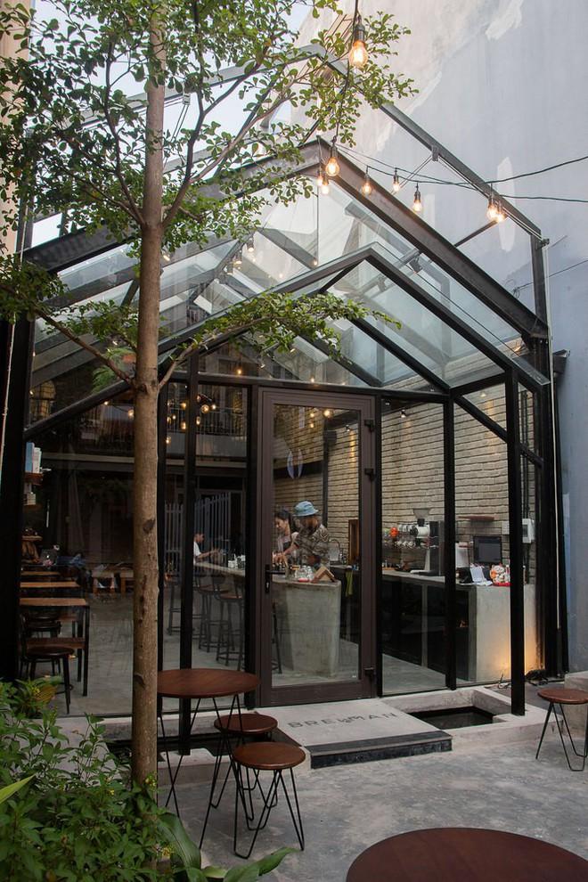 Hè này, nếu đến Đà Nẵng, hãy ghé quán cà phê ở Thái Phiên để tận mục kiến trúc được báo Mỹ vinh danh - Ảnh 5.