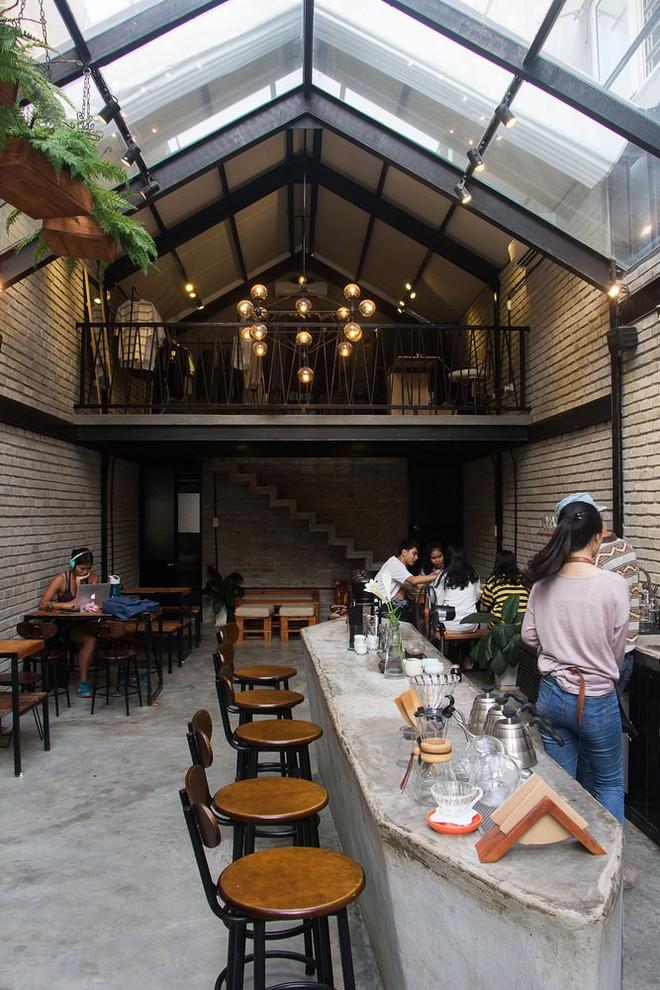 Hè này, nếu đến Đà Nẵng, hãy ghé quán cà phê ở Thái Phiên để tận mục kiến trúc được báo Mỹ vinh danh - Ảnh 12.