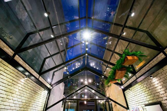 Hè này, nếu đến Đà Nẵng, hãy ghé quán cà phê ở Thái Phiên để tận mục kiến trúc được báo Mỹ vinh danh - Ảnh 6.