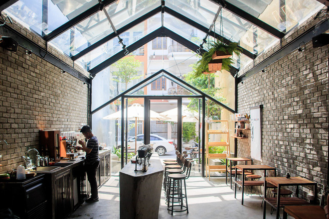 Hè này, nếu đến Đà Nẵng, hãy ghé quán cà phê ở Thái Phiên để tận mục kiến trúc được báo Mỹ vinh danh - Ảnh 2.