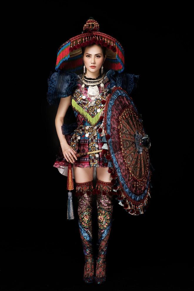 Diệu Linh mang trang phục nặng 30 kg dự thi Nữ hoàng Du lịch Quốc tế - Ảnh 13.