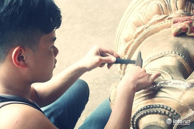 Về làng nghề đúc đồng gia truyền gần 500 năm tuổi ở Hà Nội - Ảnh 4.