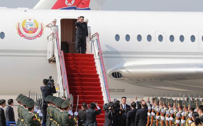 Vì sao nhà lãnh đạo Kim Jong-un sang thăm Trung Quốc bằng máy bay thay vì tàu hỏa? 1