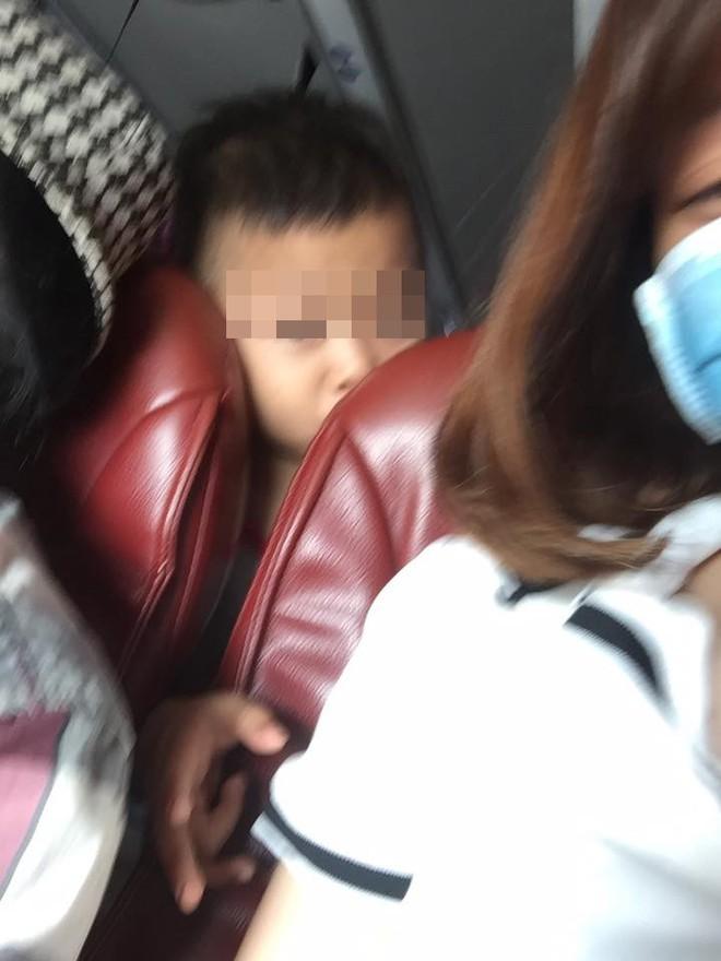 Đăng đàn tố bị quấy rối trên xe khách, cô gái trẻ nhận phản ứng không ngờ từ dân mạng - Ảnh 1.