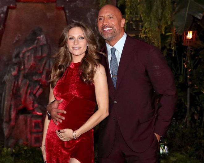 Dwayne Johnson bón cơm cho vợ và sự thật về cuộc sống Ngôi sao cơ bắp nhất Hoollywood - ảnh 9